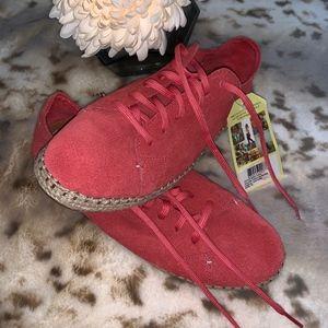 NWT Tom Suede Burnt Orange Espadrille Sneaker
